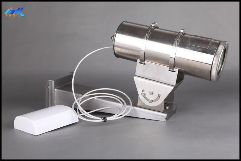适用范围: KBA18W矿用本安型无线网络摄像仪 ,防爆标志为Exib I Mb, 应用于煤矿有甲烷和煤尘爆炸的危险场所中。 产品特点: 摄像仪允许安装在煤矿井下有甲烷和煤尘爆炸的危险气体环境中,是新型的防爆监控设备,它采用了先进的制造工艺,凭借成熟的质量管理体系作为保证,使得产品的质量和性能在国内为同类行的产品处于领先地位。KBA18W摄像仪具有体积小,重量轻,低照度,高清晰度,配置灵活等特点。 主要技术参数: 供电 摄像仪额定工作电压: 18 V (DC) 摄像仪最大工作电流: 700 mA 摄