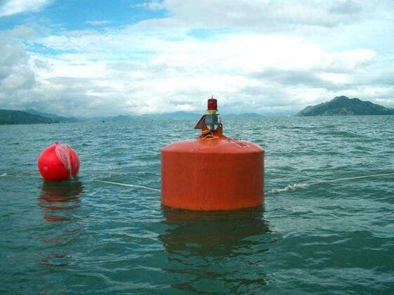 海洋航道警示浮标 船舶靠岸警示航标 水质监测航标