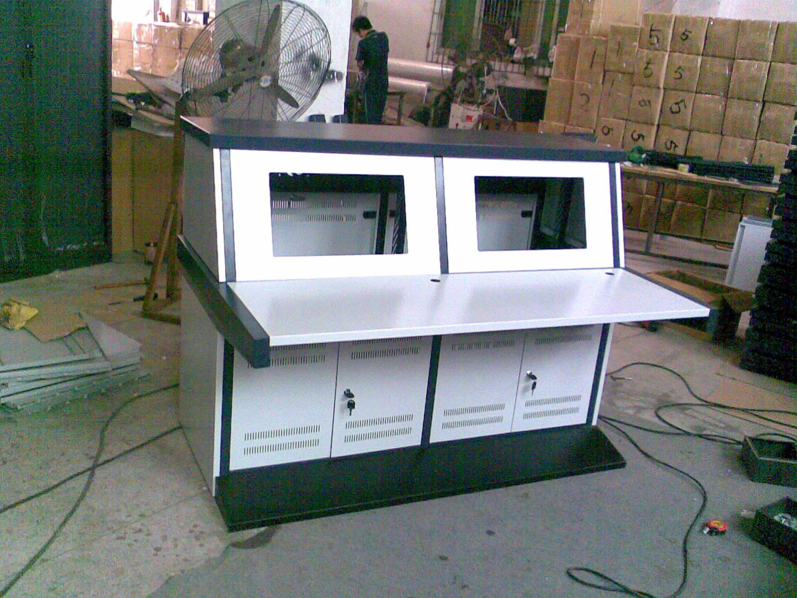 定做加厚板材拼装电视墙监控机柜监控电视墙柜操作台