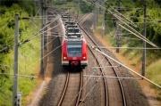 今年铁路投资有望超8000亿元