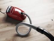 人工智能推动下 吸尘器市场正扩大