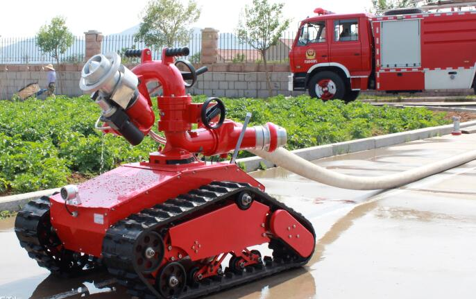 灭火机器人