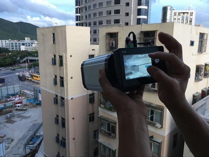高分辨率触摸型挂载、手持两用高端热成像摄像机