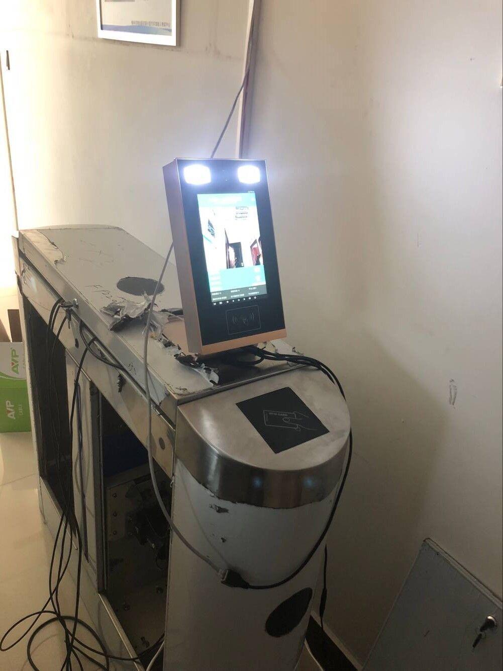 神盾SDR-2人证核验一体机,活体检测人脸识别机,人证一体机