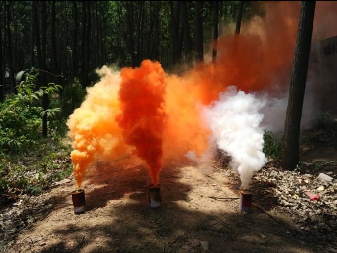 青岛凌鼎部队演习氛围渲染彩色发烟罐