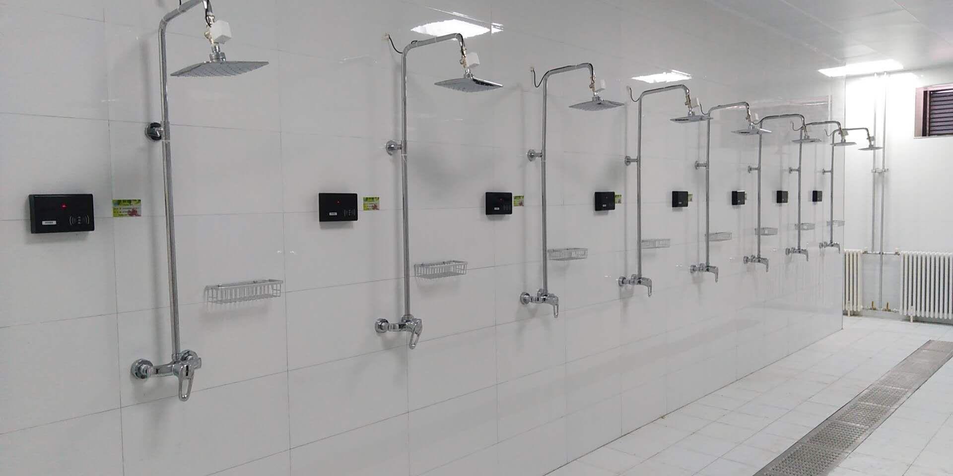 整体浴室安装洗浴节水器,浴室刷卡器