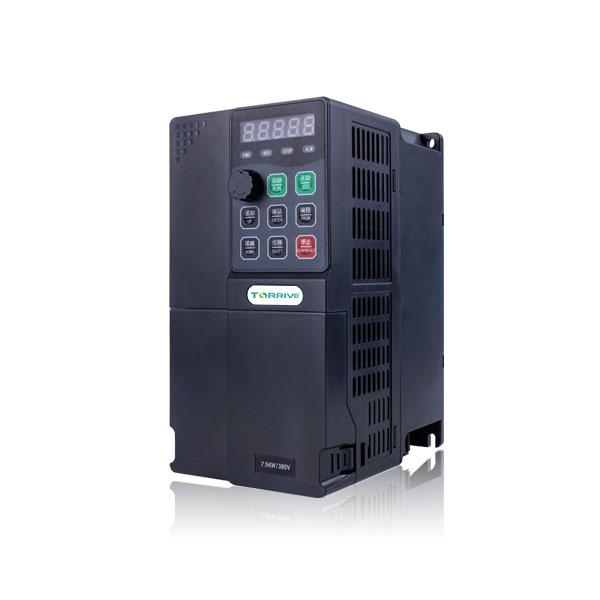 高性能通用变频器220V380V