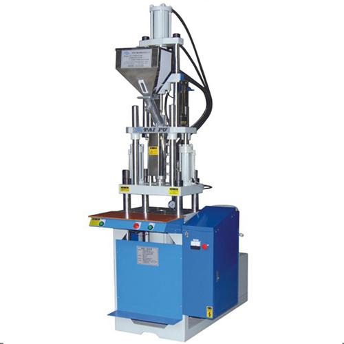 台富立式常四柱注塑机生产厂家