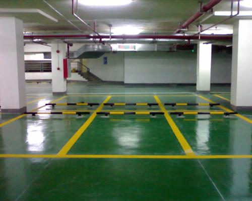 湖南小区停车场设施