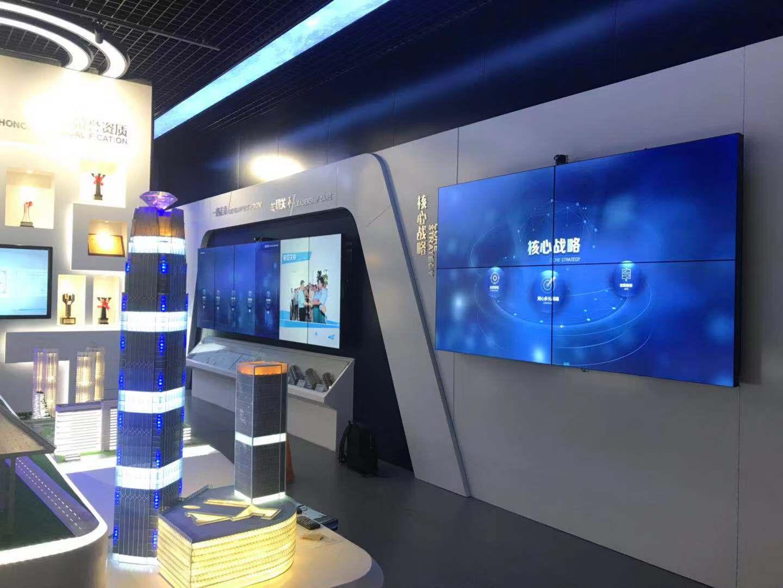 上海定制82寸大尺寸显示屏