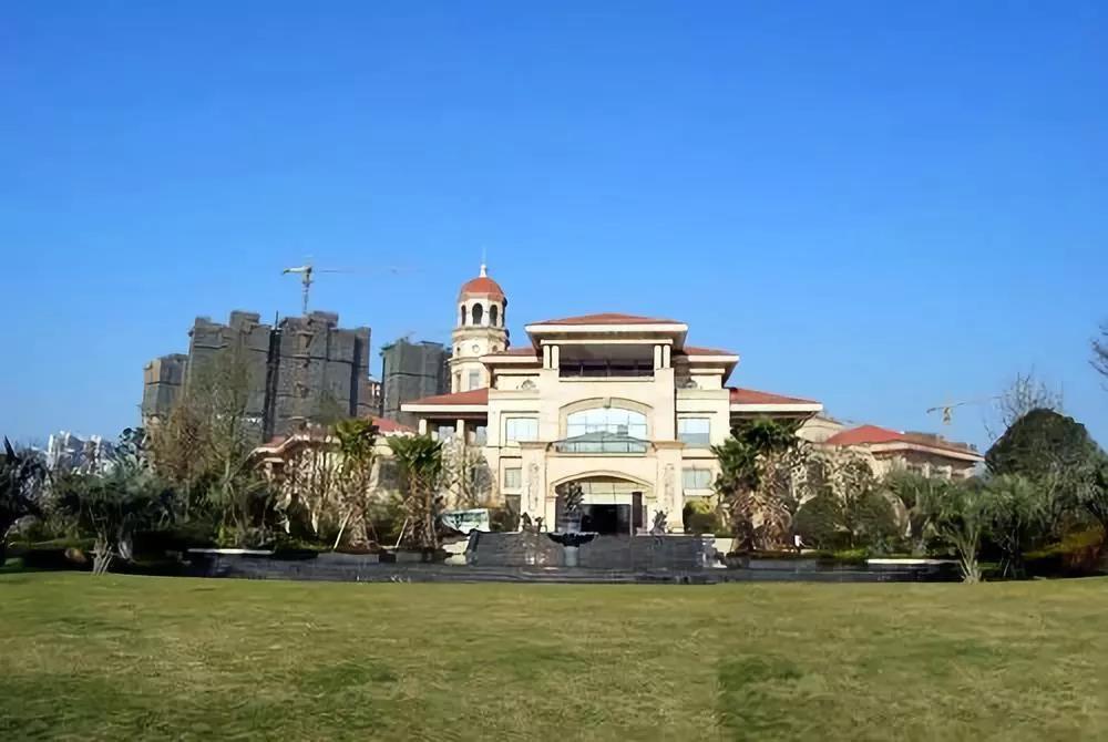 吴江中南世纪城一秒解锁智能居家体验,铸就豪宅领袖