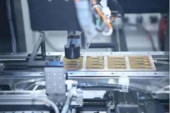 华北工控地上爆:基于工控机的机器视觉检测系统在3C电子制造业的应用