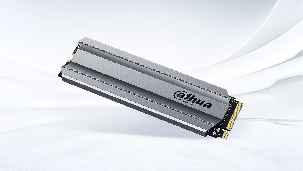 大华C900 PLUS固态硬盘重磅发布:旗舰性能,十年质保