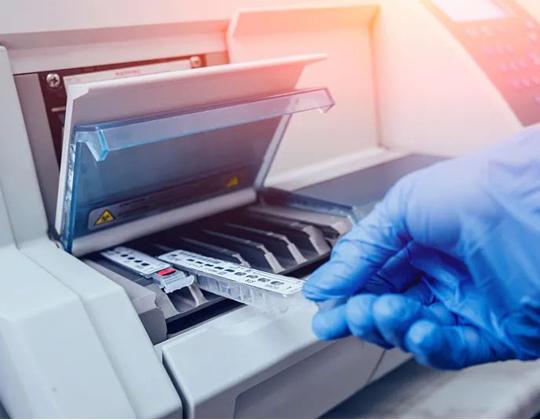 华北工控:嵌入式计算机在全自动血气分析仪中的应用