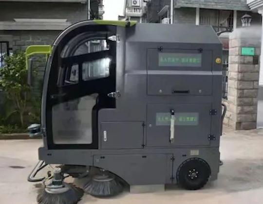 环卫智慧升级,华北工控专业护航无人驾驶环卫清扫车应用落地